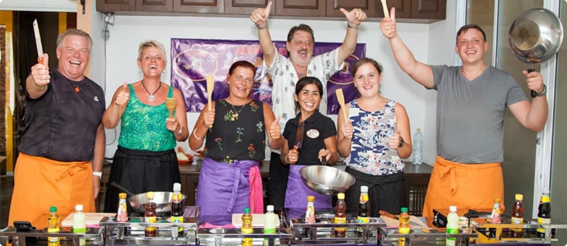 Кулинарные курсы тайской кухни от Чаниты