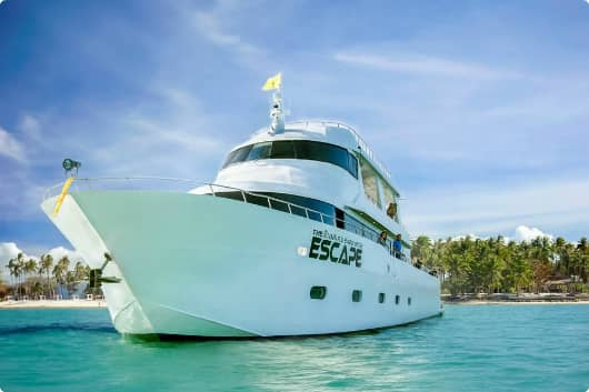 Яхта Escape